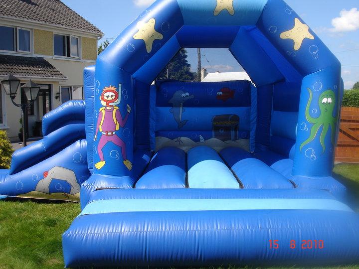 Diving Castle - Lissivigeen bouncing Castle